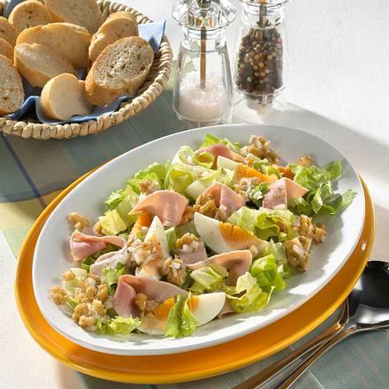 Salat mit Schinken und Ei Rezept