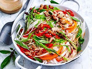 Salat nach Pad-Thai-Art Rezept