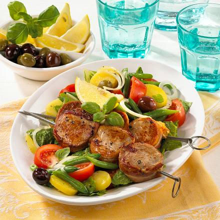 "Salat ""Nizza-Art"" mit Filetspieß Rezept"