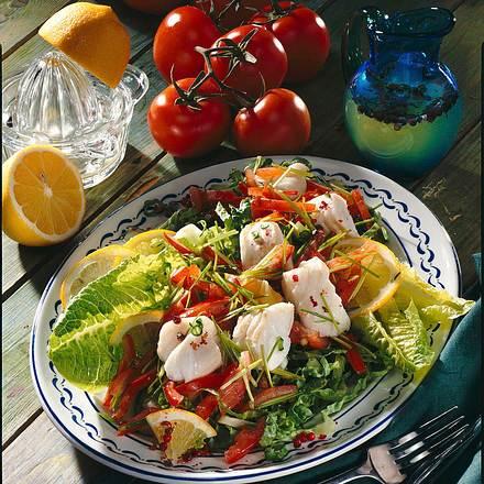 Salat und Fisch Rezept