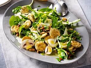 Salat mit Weißwurst und Pilzen Rezept