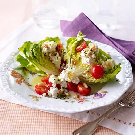 Salatherzen mit Fetacreme Rezept