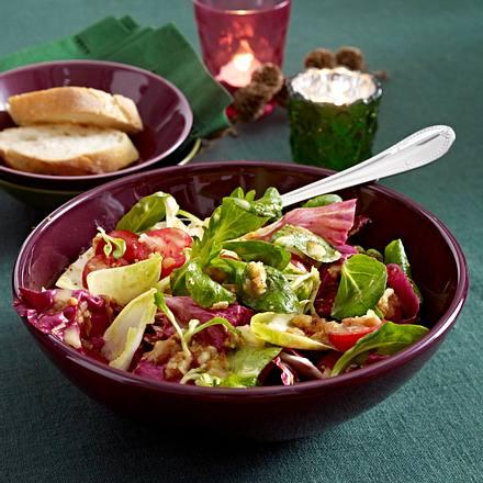 Salatmix mit Mandel-Dattel-Marinade Rezept