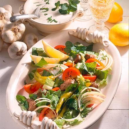 Salatplatte mit Geflügelleber Rezept