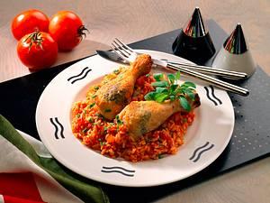 Salbei-Hähnchenunterkeulen auf Tomatenrisotto Rezept