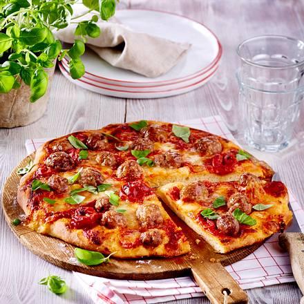 """Salsiccia-Pizza """"Tomate-Mozzarella"""" Rezept"""