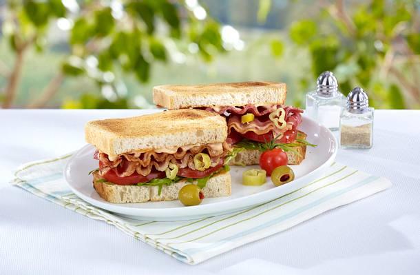 Sandwich mit Speck und Tomate Rezept
