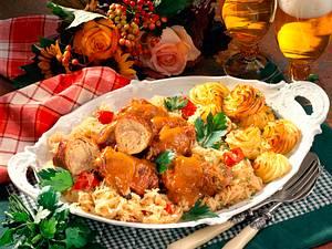 Sauerkraut gefüllte Schweinerouladen Rezept