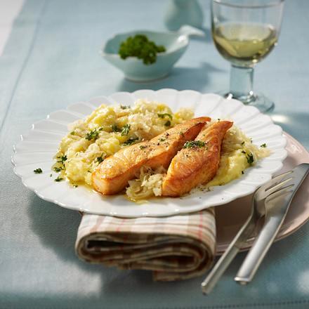 Sauerkraut-Püree mit Lachsfilet Rezept