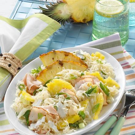 Sauerkraut-Salat mit Ananas & Pute Rezept