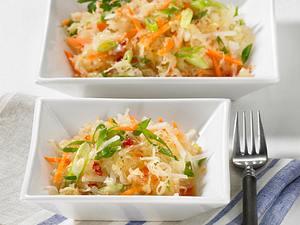 Sauerkrautsalat auf asiatische Art Rezept