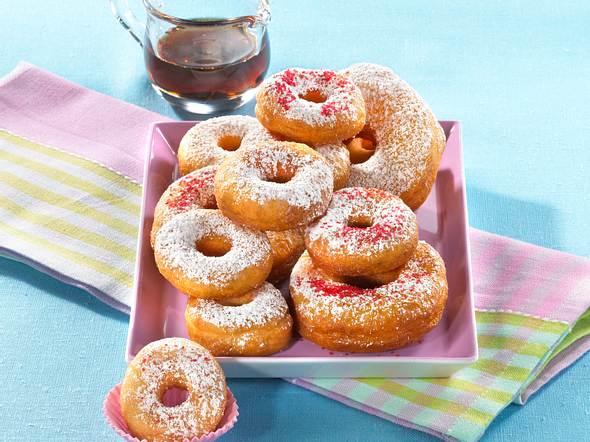 Saure-Sahne-Donuts mit Ahornsirup Rezept