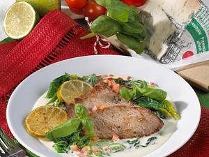 Scaloppine al Gorgonzola (Kalbsschnitzel mit Blattspinat und Gorgonzola) Rezept