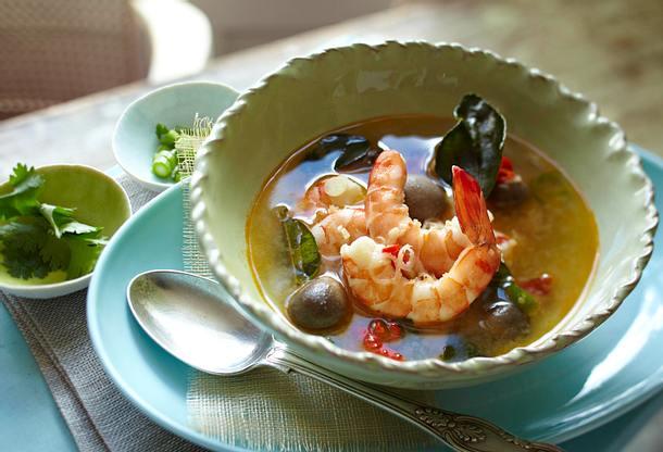 Scharf-saure Garnelensuppe Tom Yam Gung Rezept