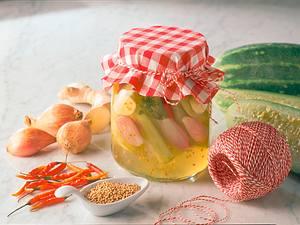 Scharfe Senfgurken Rezept