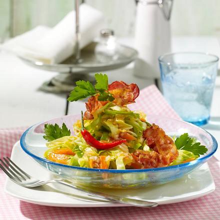 scharfer spitzkohl m hren salat mit bacon chips rezept chefkoch rezepte auf kochen. Black Bedroom Furniture Sets. Home Design Ideas