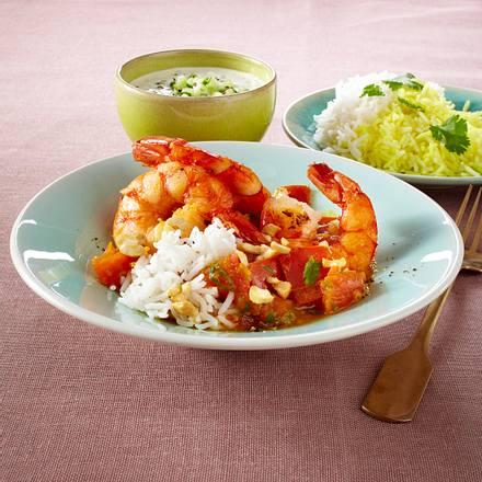Scharfes Garnelen-Tomaten-Curry und Gurken-Raita und Basmatireis Rezept