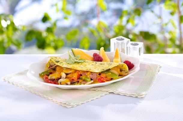 Scharfes Omelett mit Schinken und Gemüse Rezept