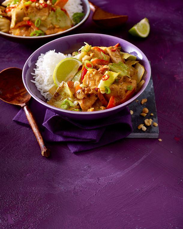 Scharfes Weißkohl-Curry mit Hähnchen Rezept | LECKER