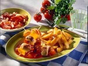 Schaschlik-Spieße mit Home Fries und Tomatensalat Rezept