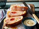 Schinken-Käse-Rolle mit Curry-Dip Rezept