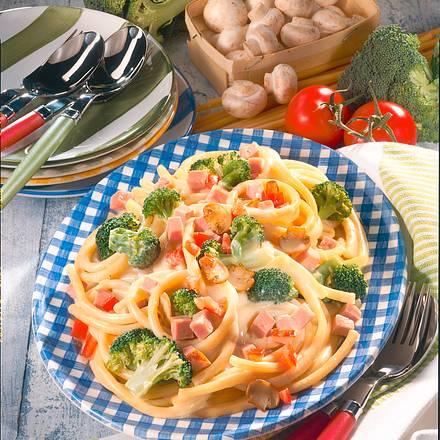 Schinken-Makkaroni mit Broccoli Rezept
