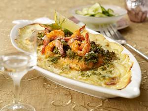 Schlemmerlachs mit Dill-Honig-Kruste auf Kartoffelbett Rezept