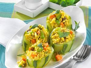 Schmorgurken mit Weizen-Curry Rezept