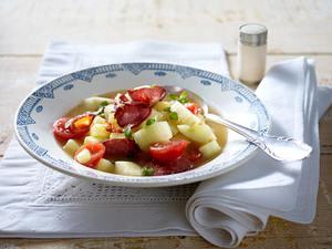 Schmorgurkeneintopf mit Cabanossi und Tomaten Rezept