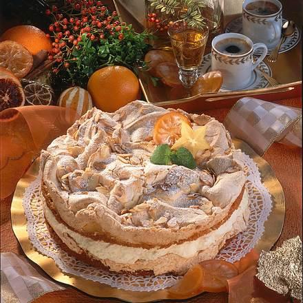 Schneemus-Torte mit Zitrus-Sahne Rezept