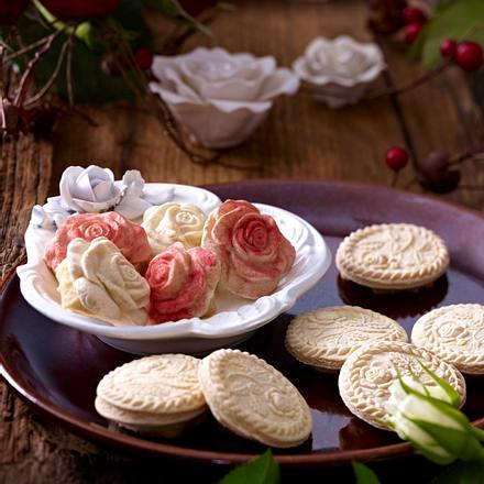Schneeweißchen und Rosenrot (Rosenspringerle) Rezept