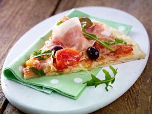 Schnelle Pizza mit Schinken & Rucola Rezept