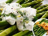 Schnelle Soßen zu grünem Spargel Rezept
