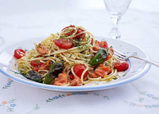 Schnelle Spaghetti mit Lachs und Pimientos Rezept