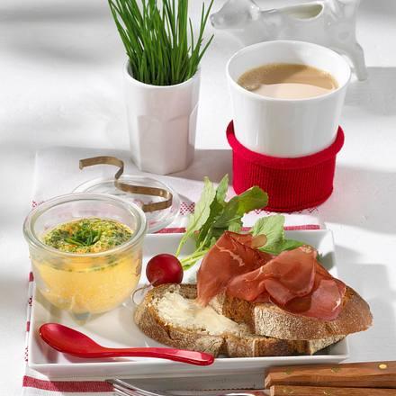 Schnittlauch-Rührei mit Bündner Fleisch Rezept