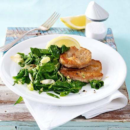 Schnitzel auf Spinat-Zitronengemüse Rezept