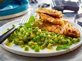 Schnitzel in knuspriger Chips-Panade mit knackigem Frühlingsgemüse Rezept