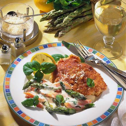 Schnitzel in Parmesan-Kruste Rezept