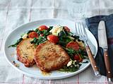 Schnitzel mit Spinat, Cherrytomaten, Mozzarella Rezept