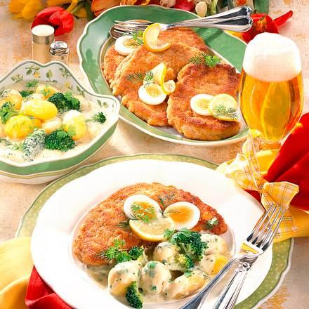 Schnitzel zu Käserahm-Kartoffeln Rezept