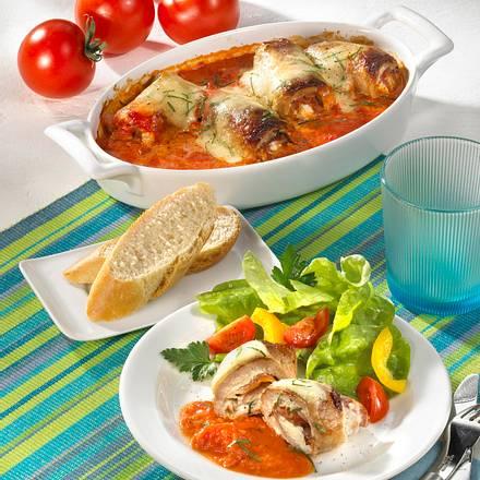 Schnitzelröllchen-Auflauf in Tomatenrahm Rezept