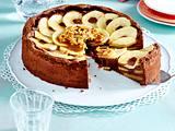 Schoko-Apfelkuchen mit Karamellsoße und Mandeln Rezept