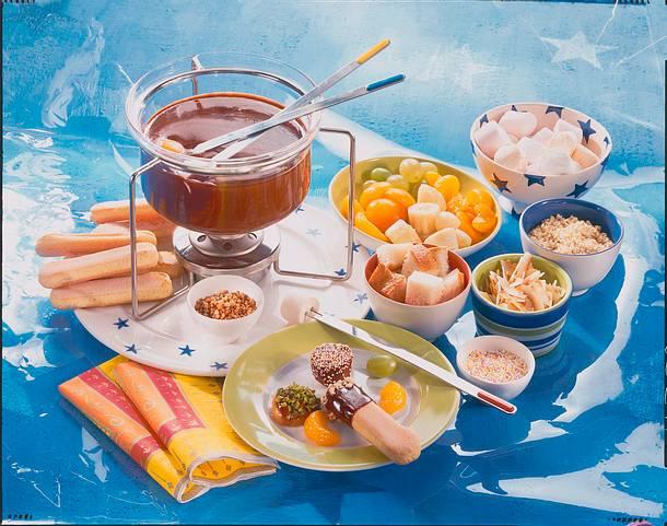 Schoko-Fondue mit allem drum & dran Rezept