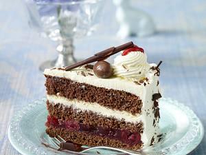 Schoko-Kirsch-Eierlikör-Torte Rezept