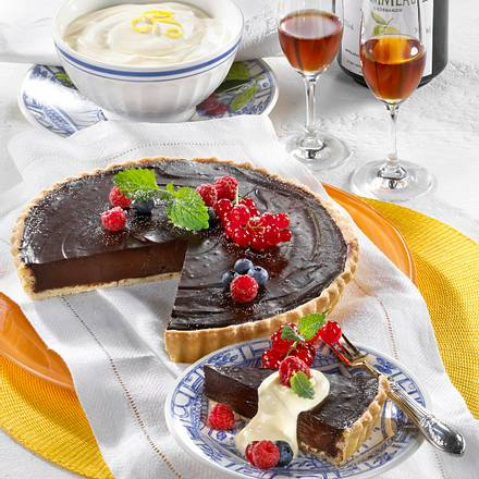 Schoko-Tarte mit Crème fraîche Rezept