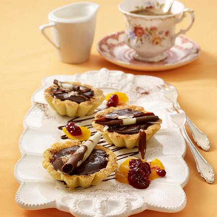 Schoko-Tarteletts mit Canachecreme Rezept