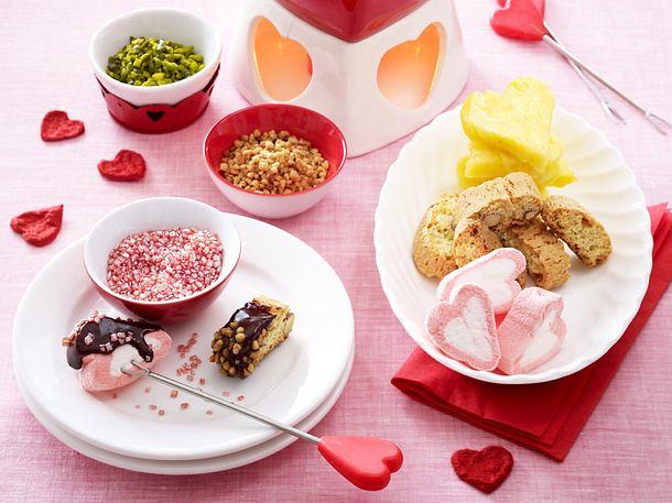 Valentinsmenü Dessert: Schokofondue Rezept