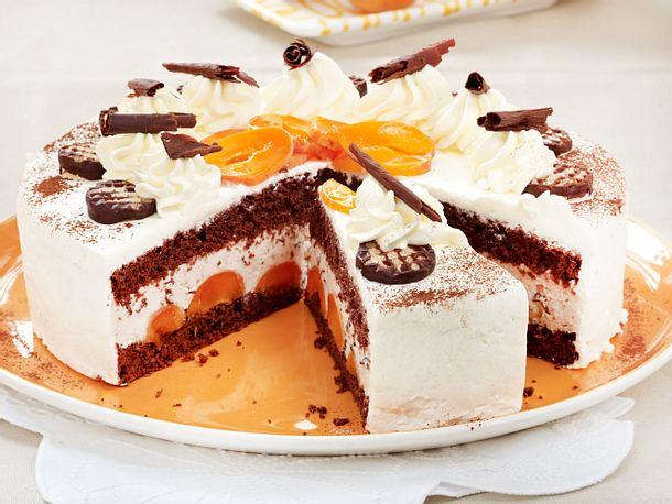 Schokokuss-Torte mit Aprikosen Rezept