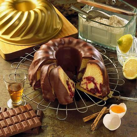 Schokoladen-Kirsch-Gugelhupf Rezept