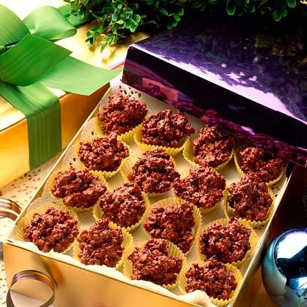 Schokoladen-Knuspermüsli-Häufchen Rezept
